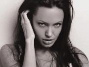 Angelina Jolie HQ wallpapers Cb5182107978272