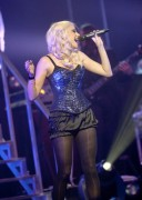 Nov 24, 2010 - Pixie Lott - The Crazycats Tour 2ce674108402002